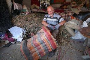 Yusuf dede 70 yıldır yük hayvanlarına 'kürtün' yapıyor