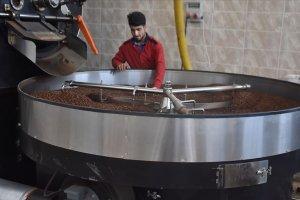 Küçük bir işletmeciydi, şimdi ayda 10 ton kahve üreticisi oldu