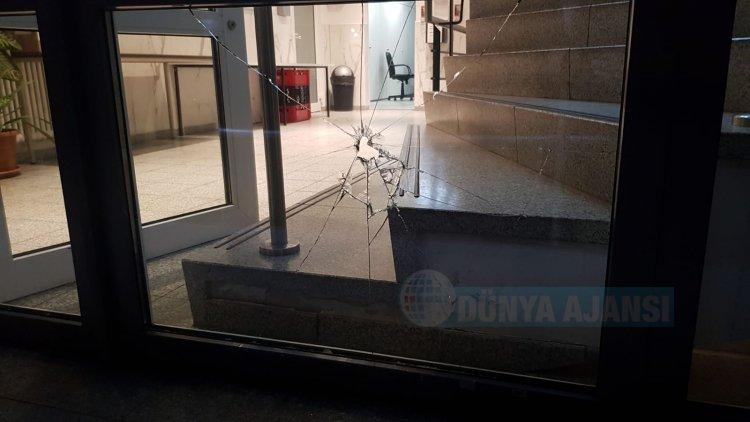 Chorweiler DİTİB Camii'ne taşlı saldırı