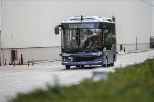 Cumhurbaşkanı Erdoğan'ın test ettiği elektrikli sürücüsüz otobüs, Bursa'da