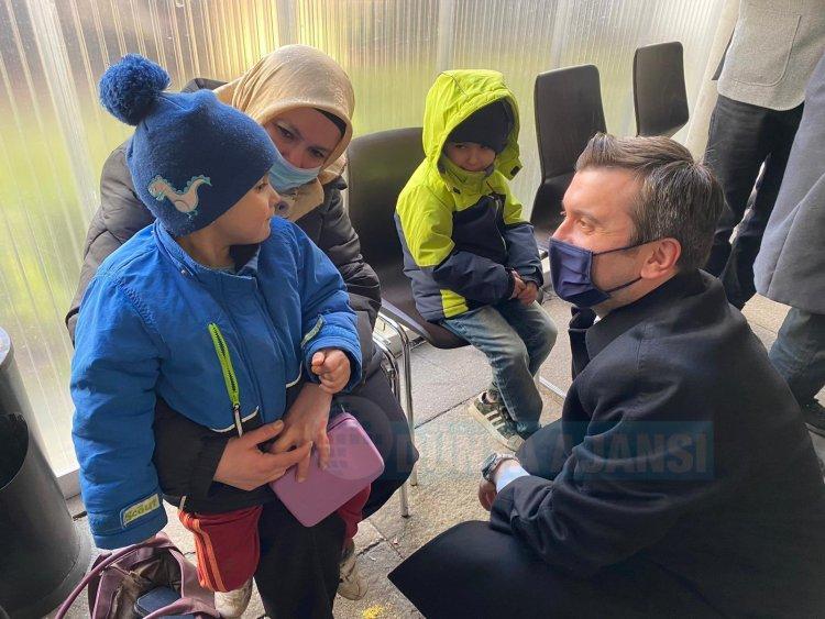 Dışişleri Bakan Yardımcısı Kıran, Almanya'da vatandaşlarla bir araya geldi