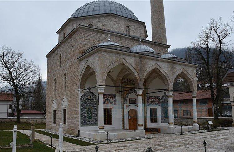 Bosna Hersek'teki tarihi Alaca Cami'nin minaresine 'silahlı saldırı'
