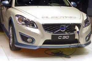 Volvo 2030 itibarıyla tamamen elektrikli araç üretecek