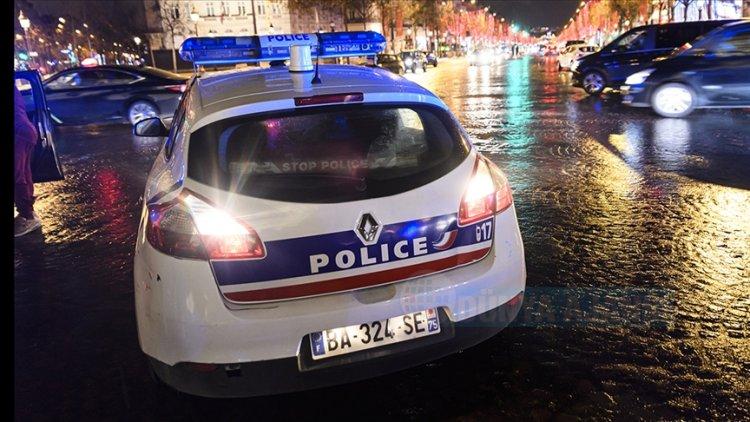 Fransız polisin scooter süren gence kaza yaptırdığı iddiası kenti karıştırdı