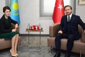 Başkan Altun, Kazak Bakan Balayeva ile bir araya geldi