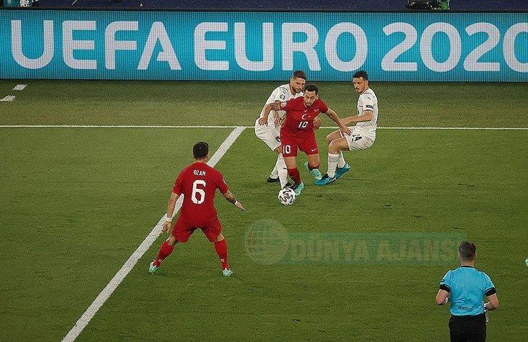 EURO 2020 açılış maçında A Milliler İtalya'ya yenildi