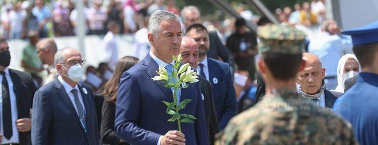 Srebrenitsa Soykırımı'nın 26'ncı yılında anma programı düzenlendi