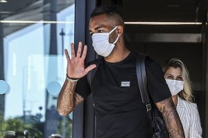 Beşiktaş, Brezilyalı futbolcu Alex Teixeira'yı kadrosuna kattı