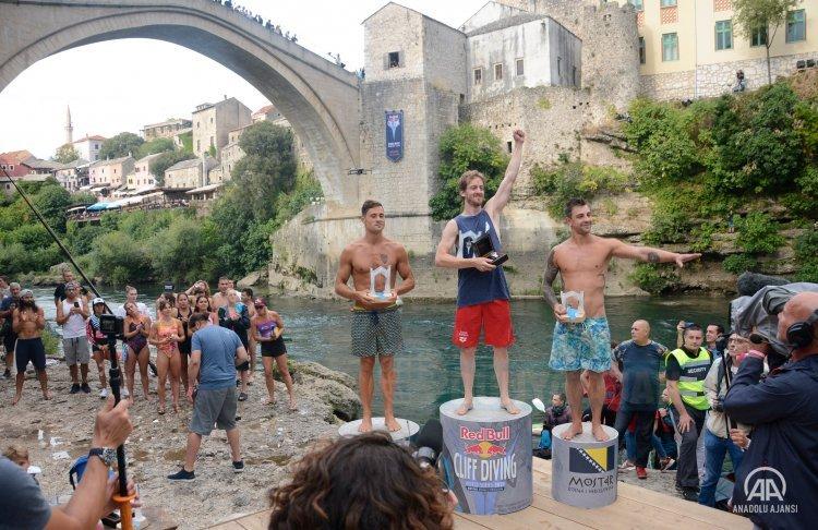 Mostar Köprüsü uçurum dalışında görsel şölen yaşandı