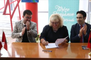 Tiran'da Türkçe'nin seçmeli dil olarak öğretilmesi için protokol imzaladı